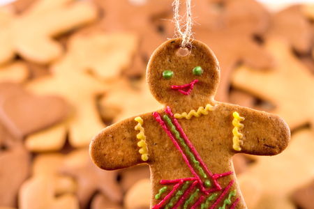 gingerbread man: Homemade christmas gingerbreads and cingerbread mans, Christmas or New Year background