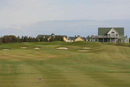 ゴルフコースとクラブハウス