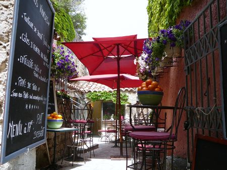 outdoor cafe: Cafe in France
