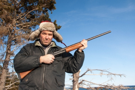 hunter poses