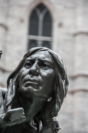 d: Statue Place d  Armes Montreal