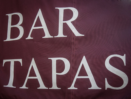 bar tapas sign