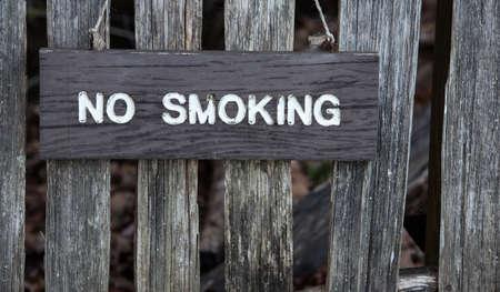 Houten niet roken teken
