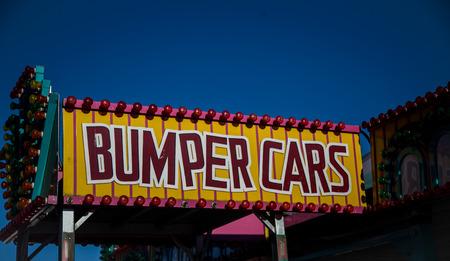 バンパー車サイン