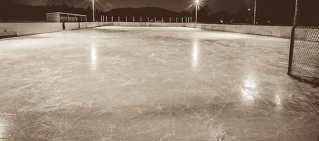 outdoor skating rink 스톡 콘텐츠