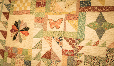 colourful homemade quilt Imagens