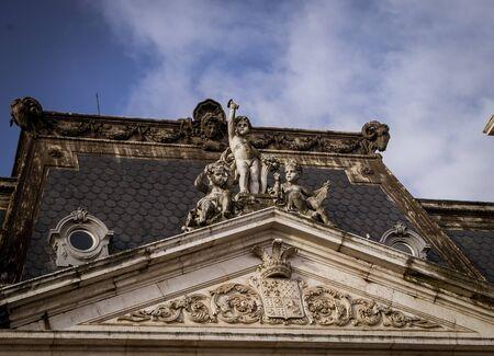 roof statue lisbon