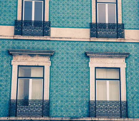 windows in lisbon