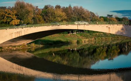 river arno: Car bridge florence