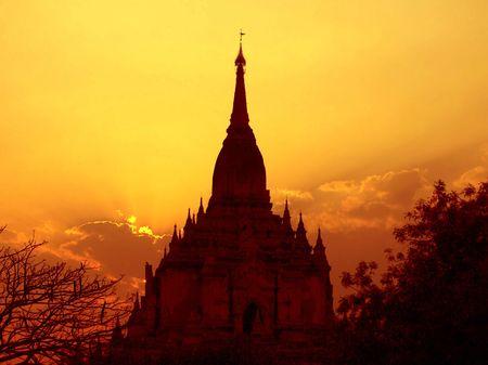 archaeological: Gawdawpalin Temple Sunset. Bagan Archaeological Zone, Heritage Site. Myanmar (Burma) Stock Photo