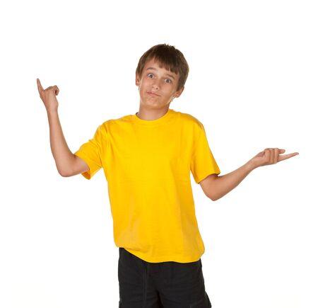 preguntando: un muchacho apuntando pidiendo una decisi�n  Foto de archivo