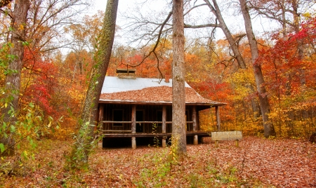 settlers cabin in missouri photo