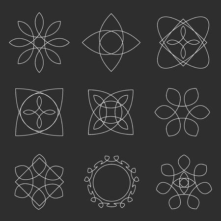 Jeu de formes géométriques à la mode. Définir des formes géométriques affiches, des étiquettes et des cadres triangles éléments de conception en ligne. Les formes géométriques et des formes géométriques design. ligne Element signe géométrique ésotérique.