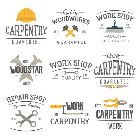 Set van timmerwerk service, zagerij en houtbewerking labels geïsoleerd. Postzegels, timmerwerk banners en ontwerpelementen. Houtwerk en productie label templates. Hulpmiddel van de bouw logo vector set.