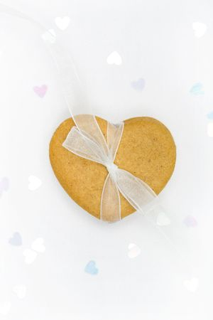 Gingerbread heart  Stock Photo - 4118429