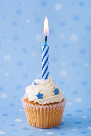 Mini cumplea�os Cupcake Foto de archivo