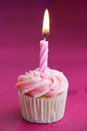 Mini cumplea�os Cupcake Foto de archivo - 5191145
