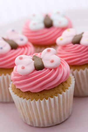 butter icing: Butterfly cupcakes