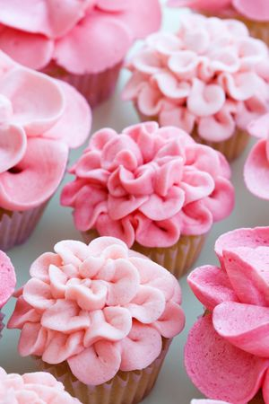 cup cakes: Flower cupcakes