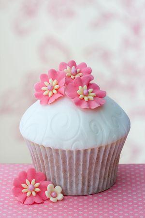 Cupcake de flor Foto de archivo