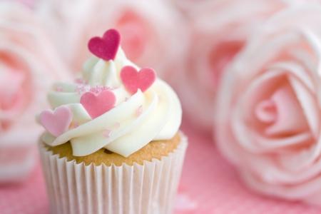 indulgence: Valentine cupcake