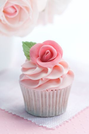 Rose cupcake Stock Photo - 6476281