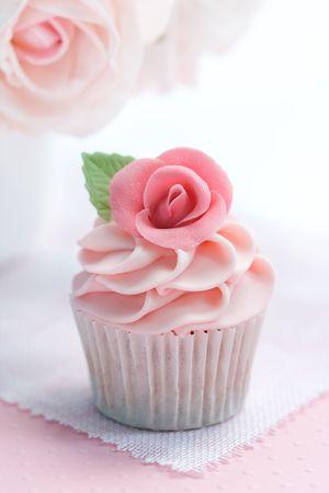 Rose cupcake Stock Photo - 6476281