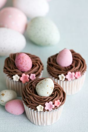 easter nest: Easter cupcakes