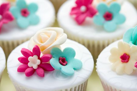 Wedding cupcakes Stock Photo - 6768076