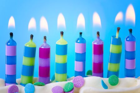 candeline compleanno: Candele di compleanno