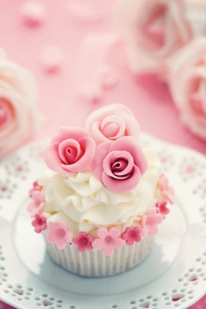 Wedding cupcake photo