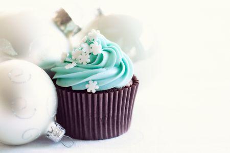 bauble: Christmas cupcake