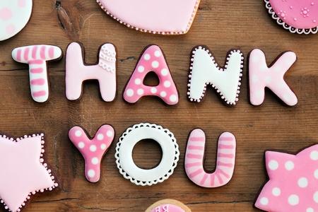 merci: Cookies avec un message vous remercie Banque d'images