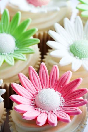 Cupcakes decorated with sugar flowers Stock Photo - 9314512
