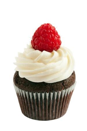 cupcake: Petit g�teau au chocolat framboise Banque d'images