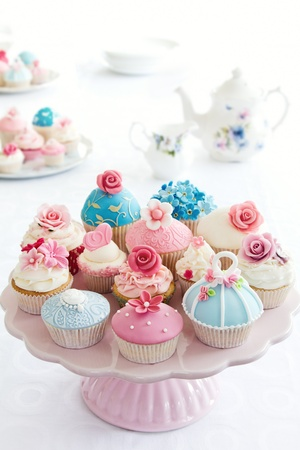 afternoon fancy cake: Cupcakes