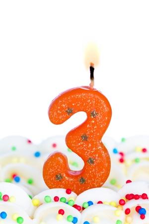Nummer drei Kerze