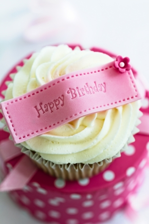 birthday happy: Verjaardag cupcake Stockfoto
