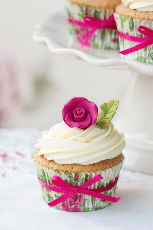 Rose cupcake photo