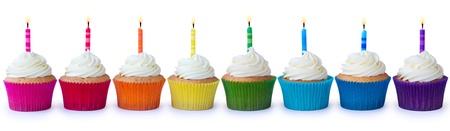 velas de cumpleaños: Cupcakes cumpleaños Foto de archivo