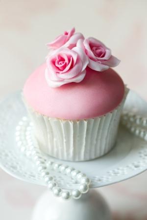 pink pearl: Rose cupcake