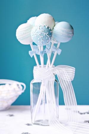chupetines: Torta de la boda aparece Foto de archivo