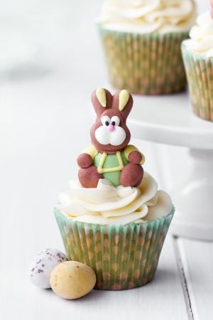 Conejo de Pascua cucpake Foto de archivo