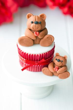 fondant: Valentine Cupcake
