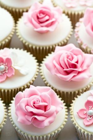 Mariage de petits gâteaux Banque d'images - 12624737