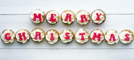 weihnachtskuchen: Christmas cupcakes Lizenzfreie Bilder