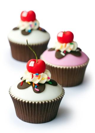 Cherry cupcakes Stock Photo - 16400597