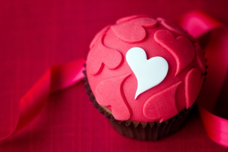 Valentine cupcake Stock Photo - 16674875