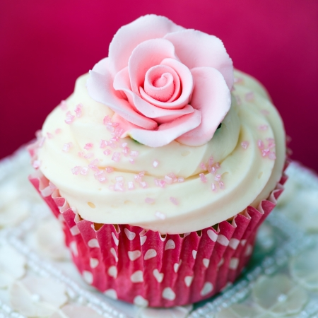 Rose cupcake Stock Photo - 17178657