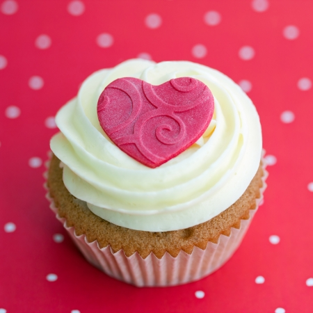 Valentine cupcake Stock Photo - 17178654